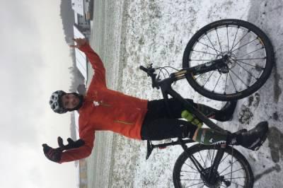 Mountainbikerin für Tagestouren oder Alpentouren gesucht - Bild1