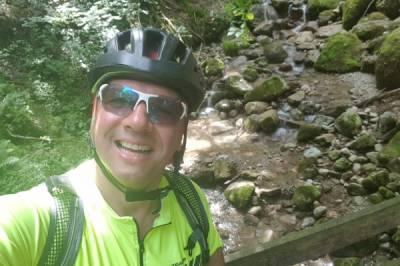 Biken im  heimischen Wald mit diverse Steigungen   - Bild2